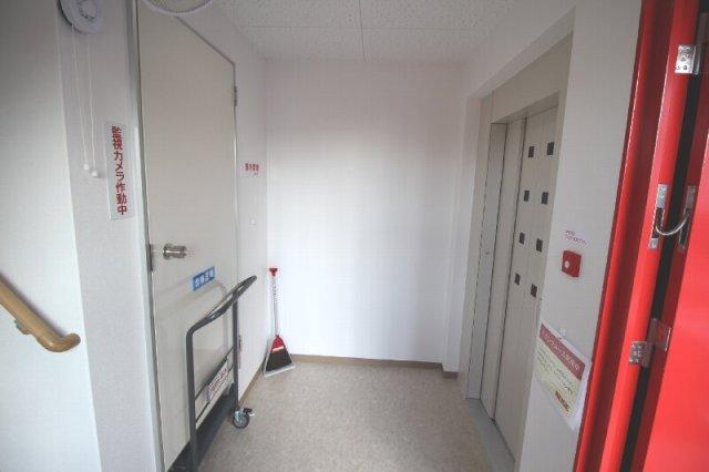 津久野駅北ライゼボックスのエレベーター