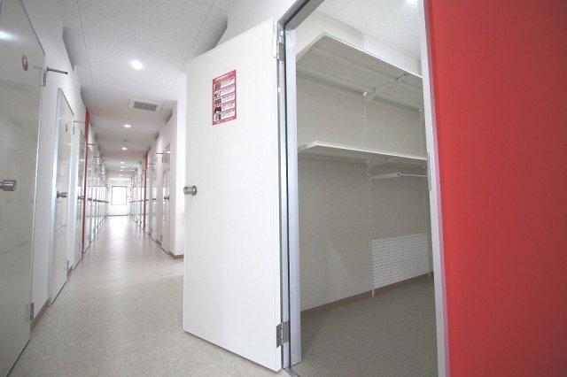 大和田駅前ライゼボックスの廊下や室内