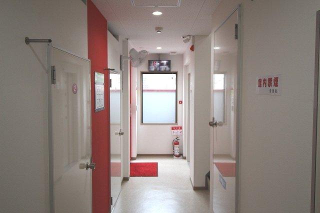 大和田駅前ライゼボックスの玄関内部